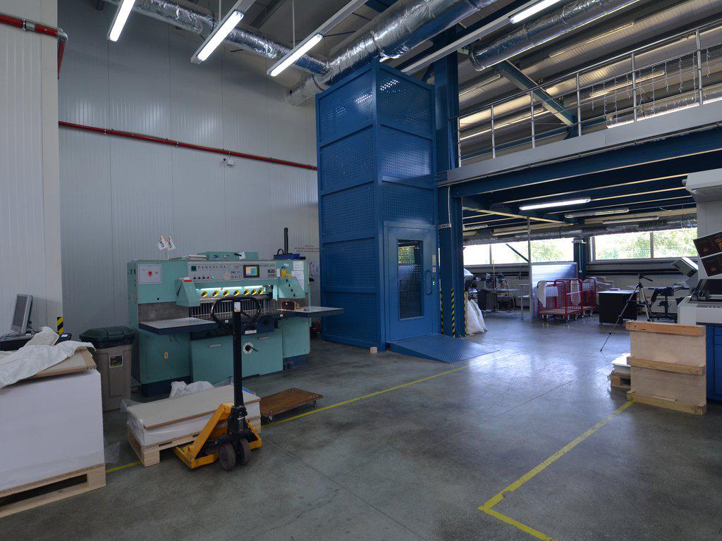 Goederenlift-TC-T-Hublift-nieuwbouw